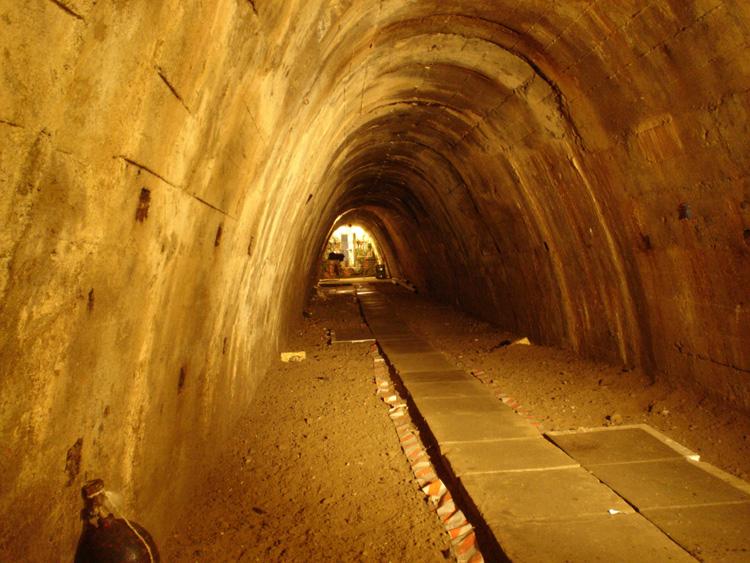 Schron tunelowy, fot. Adam Wojcieszonek