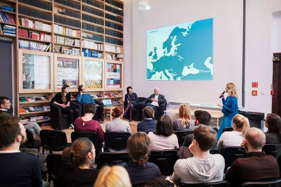 Prezentacja projektu CORNERS, 2015. Fot. Bogna Kociumbas.