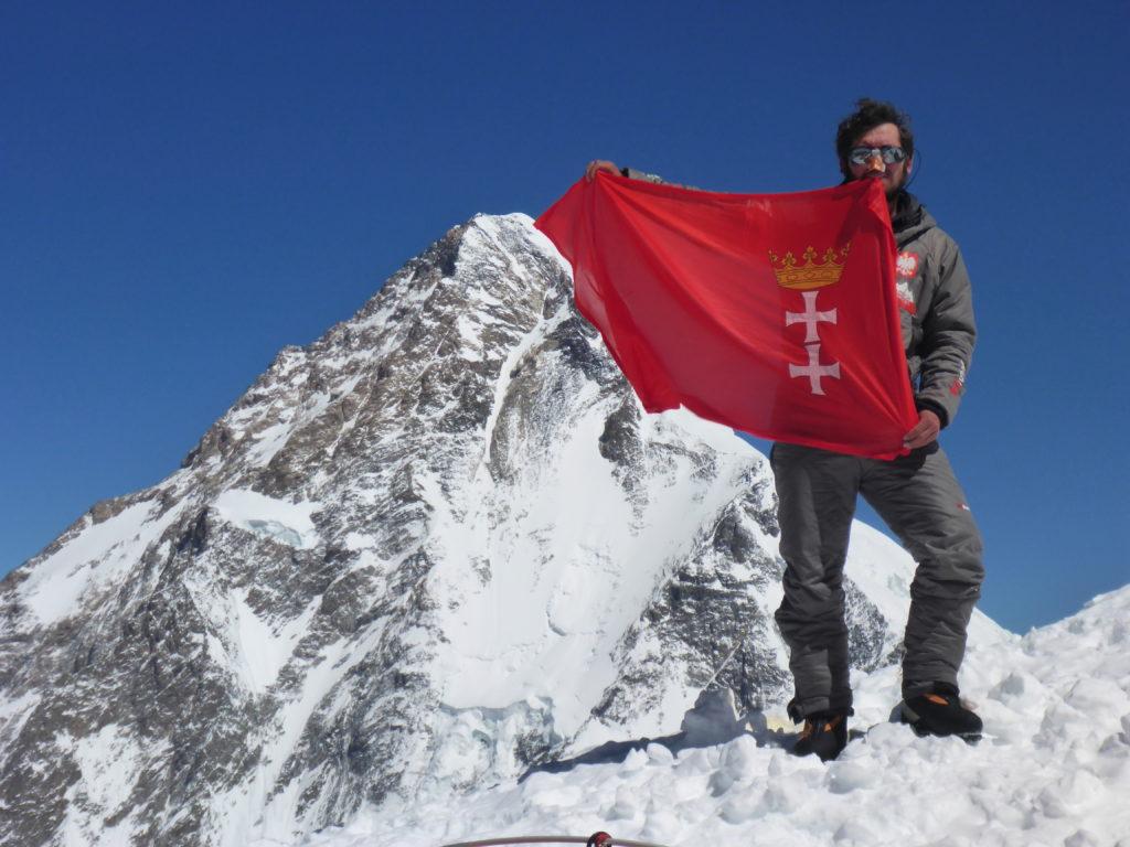 Widok ze stokow Broad Peak, widok na K2, fot. Alex Gavan.